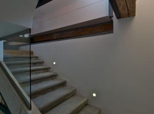 Byt s výhledem na hrad / schodiště