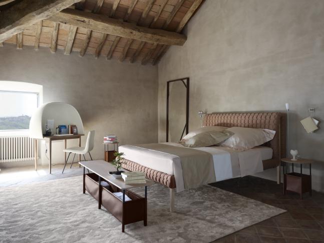 Ruché postel / rustikální ložnice