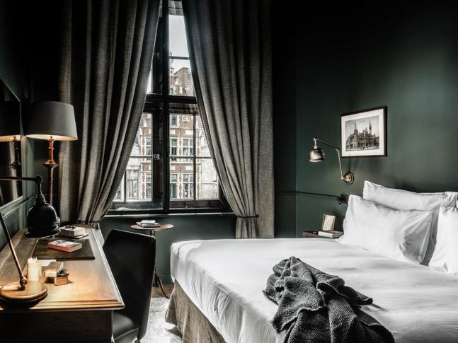 Ložnice hotelu 1898 THE POST