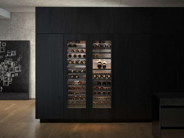 Kuchyně s vinotékou Vario 400