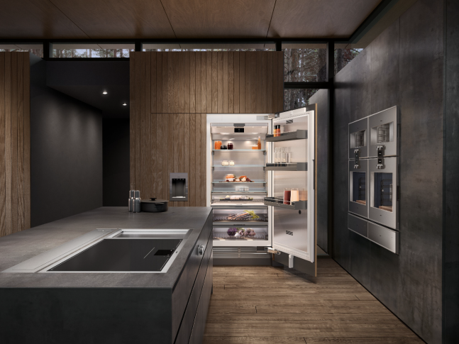 Prostorná kuchyně šedých odstínů