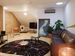 SQUAT iD23E obývací pokoj horní patro