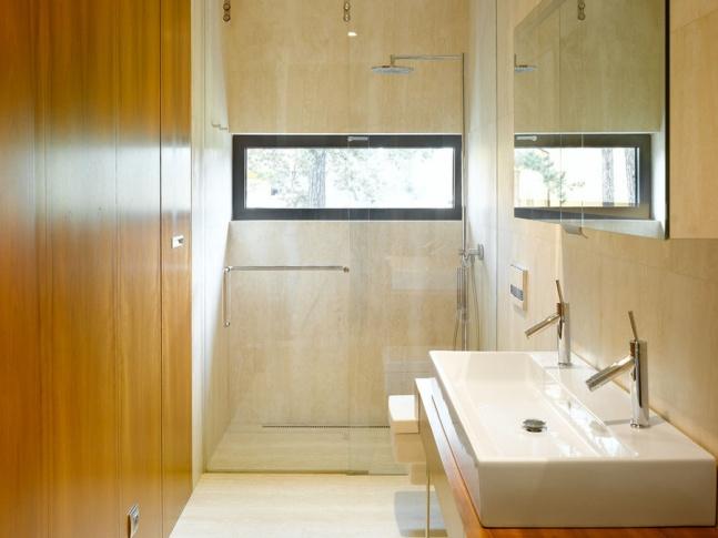 Koupelna domu v Černošicích Vila Černošice koupelna