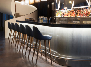 Bar hotelu Fontenay