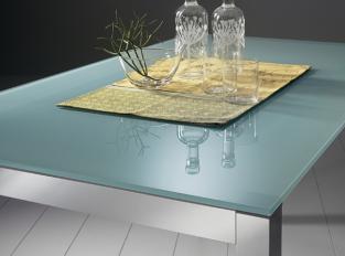 Jídelní stůl Axel