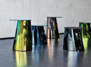 Odkládací stolek Pli Side Table