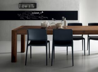 Jídelní stůl Agape