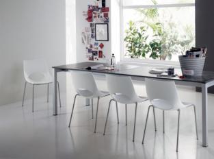 Jídelní stůl Aliseo