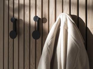 Věšák Afteroom Coat Hanger S
