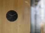 Hodiny Tilia Adela-Bacova-Tilia-Clock-Black-Interior-2