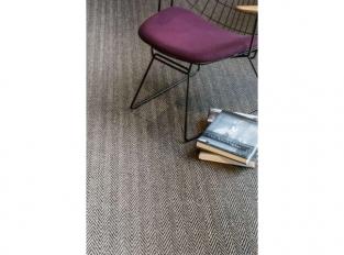 Bellevue - sisalový koberec se vzorem rybí kost