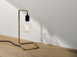 Stolní lampa Menu Tribeca Reade