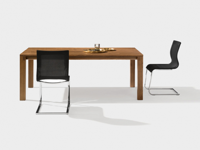 Stůl Magnum