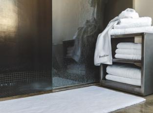 Fischbacher ExecutiveSuite Bath