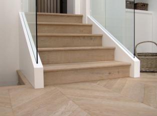 Dřevěná mozaiková podlaha Herringbone