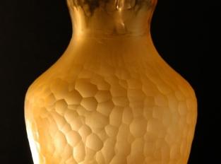 Kolekce váz z uranového skla - ,,Honey,, a ,,Stébla a Trávy,,