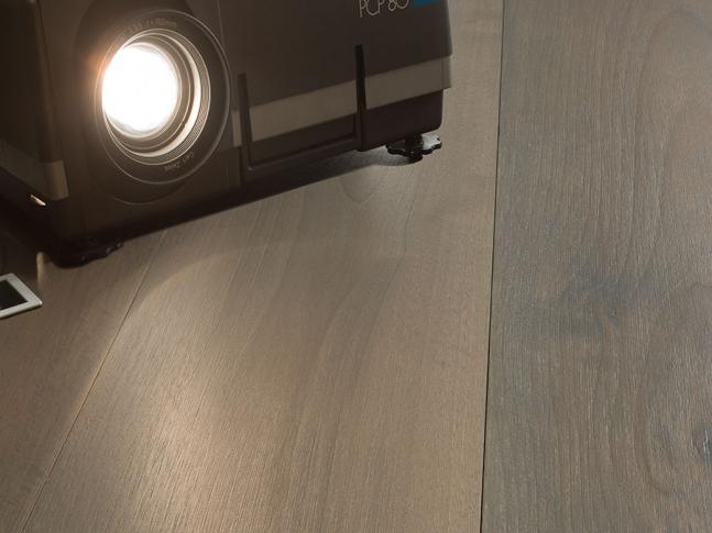 Dřevěná podlaha European Walnut Elegantia