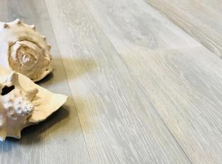Dřevěná podlaha Oak Akoya