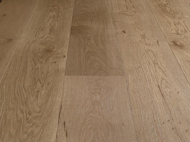 Dřevěná podlaha Seta