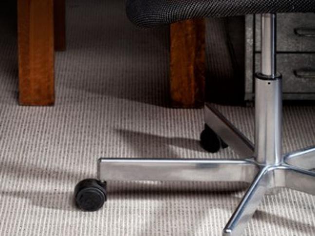 Vlněný wiltonský koberec Creatuft Iona Tkaný wiltonský koberec Iona z pravé vlny a lnu.
