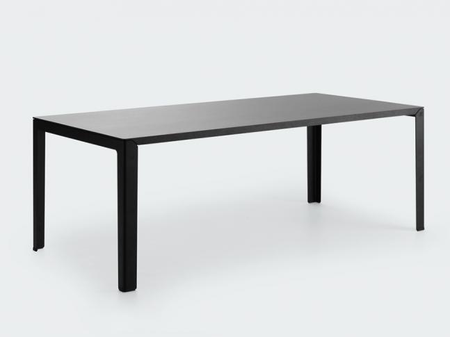 Stůl LX620