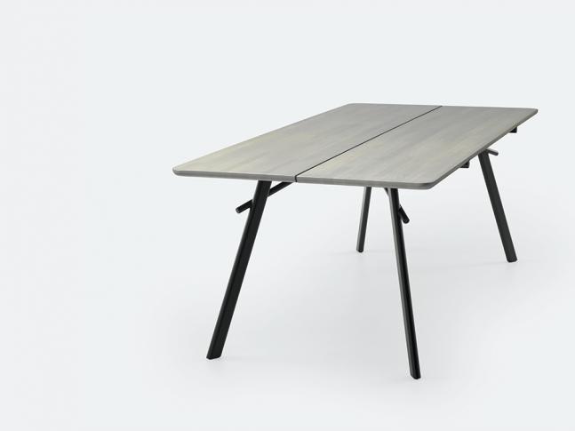 Stůl LX647