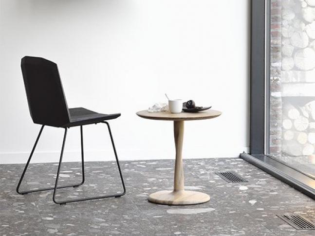 Odkládací stolek Ethnicraft Torsion Side Table