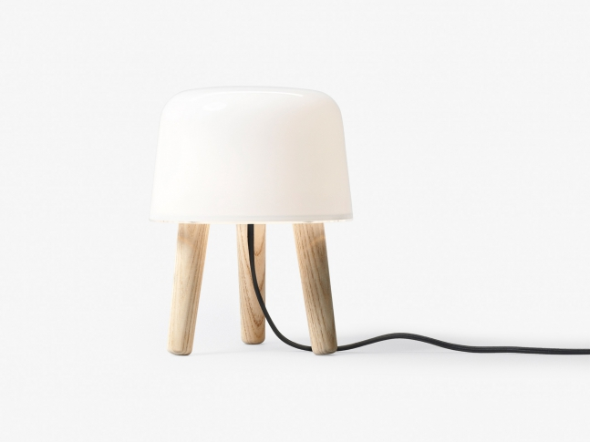 Stolní lampa Milk od &tradition