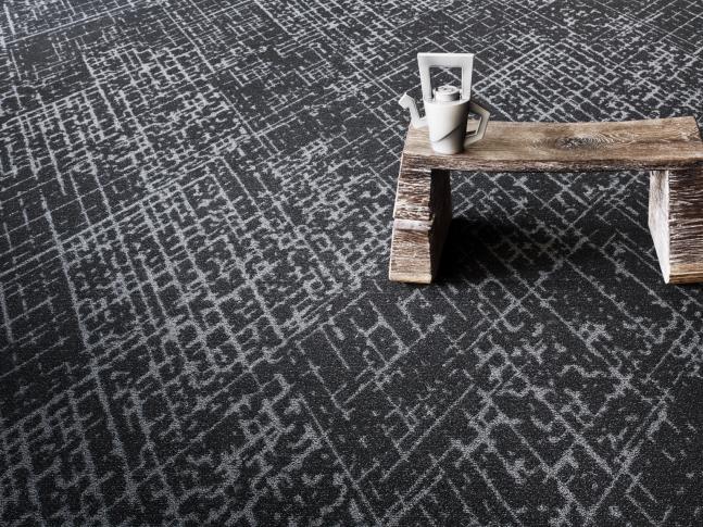 Designový koberec Canyon z recyklovaného vlákna Designový koberec Canyon Object Carpet, dodává BOCA Praha.