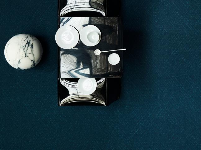 Zátěžový designový koberec Ocean Designový zátěžový koberec z recyklovaného vlákna, dodává BOCA Praha.