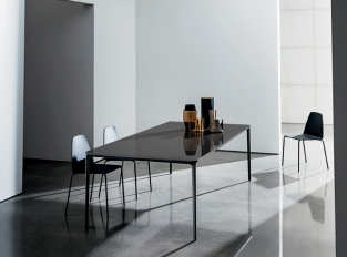 SOVET Slim table