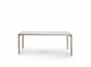 SH700 - Straight dining table