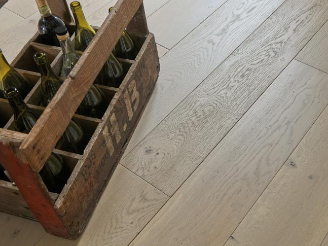 Dubová podlaha ZENITUDE PERLINE DIVA 184