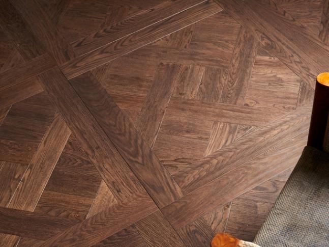 Dřevěná mozaika Mardegan Quadrotte Mozaiková podlaha Mardegan Quadrotte ze dřeva, dodavatel BOCA Group Praha.