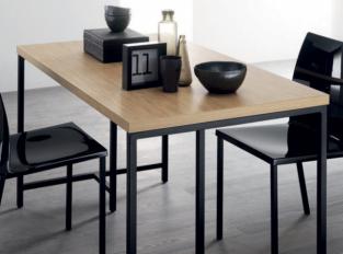 Jídelní stůl Atelier