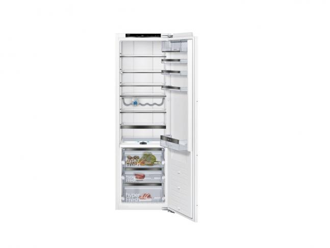 iQ700 Prémiová vestavná chladnička