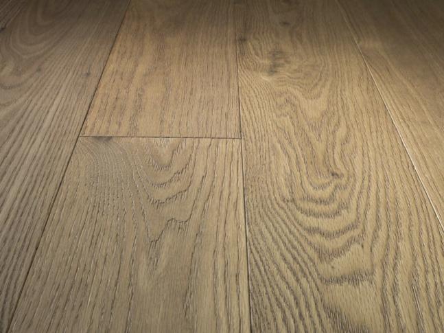 Dřevěná podlaha Oak Titanio