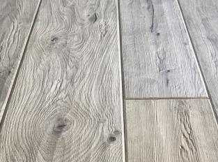 Dřevěná podlaha Oak the Origin