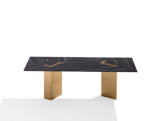 Jídelní stůl Kallisto