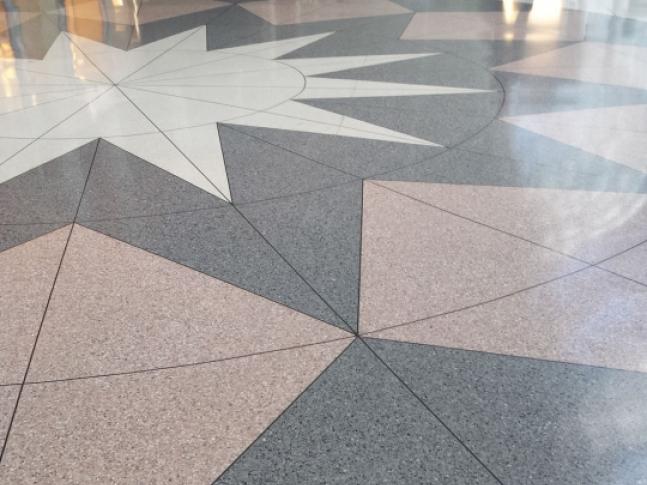 Lité terrazzo podlahy Pavilux Podlaha ve stylu benátského terrazza - Pavilux overlay, dodavatel BOCA Praha.