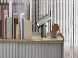 Stolní lampa Muuto Beam