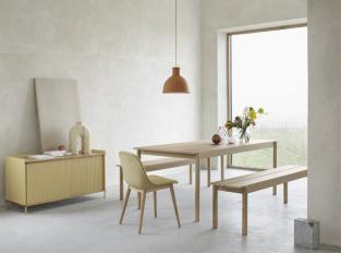 Lavice a stůl Muuto Linear Wood