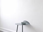 Stolek Yeh yeh-wall-table2