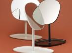 Zrcadlo Flip od Normann Copenhagen zrcadlo-flip-